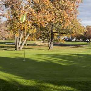 Twin Willows Par 3 GC